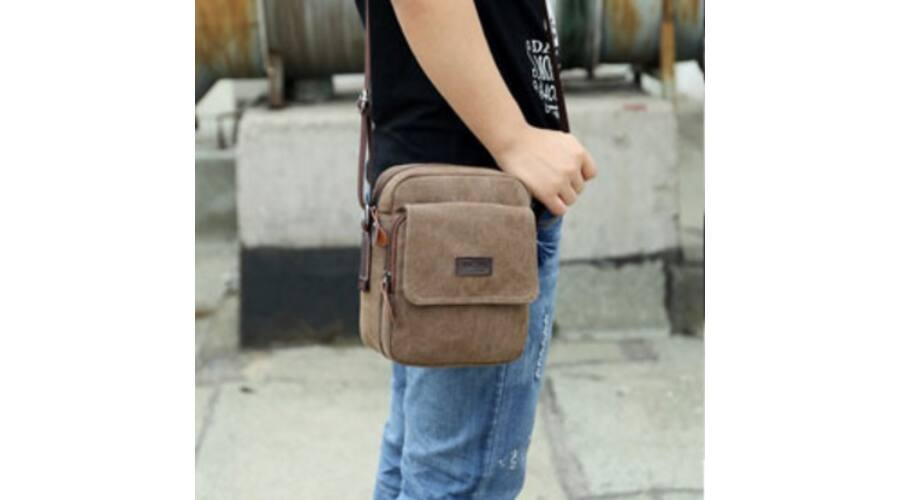 NewCashl férfi vászontáska B241 - Férfi táska f378589e36